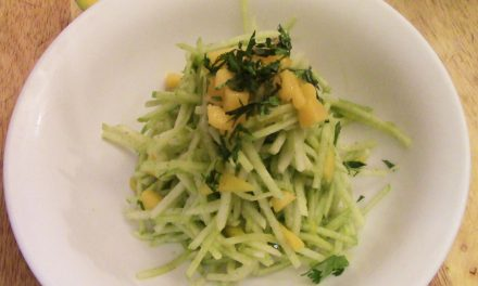 A Recipe a Day: Ginger Lime Jicama Salad with Papaya & Apple