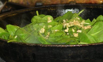 King Quinoa Cooking Class: Sauteed Garlicky Spinach