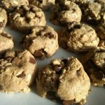 Vegan_oatmeal_chocolate_chip_cookies,_April_2009