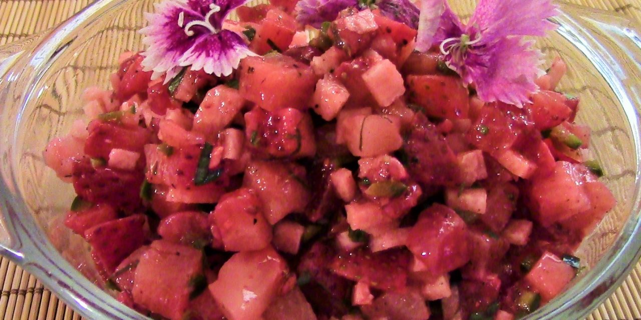 Say Yes to Spicy Strawberries: Strawberry Salsa Fresca